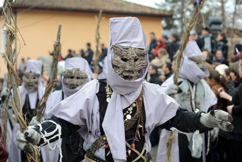 шествие мумий, Вевчани