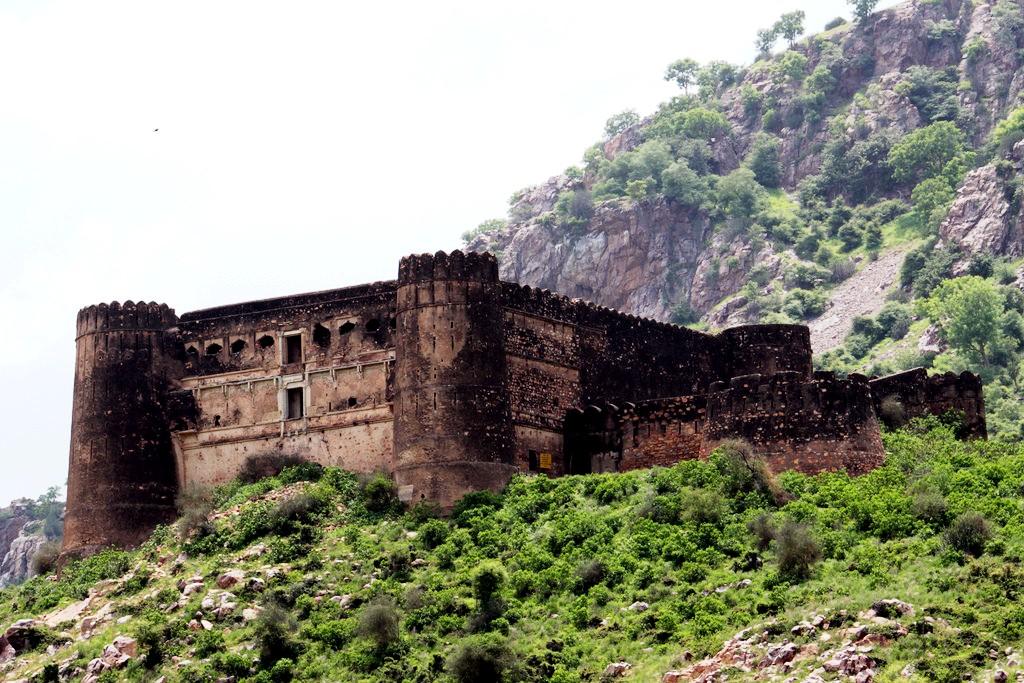 стены бхангара