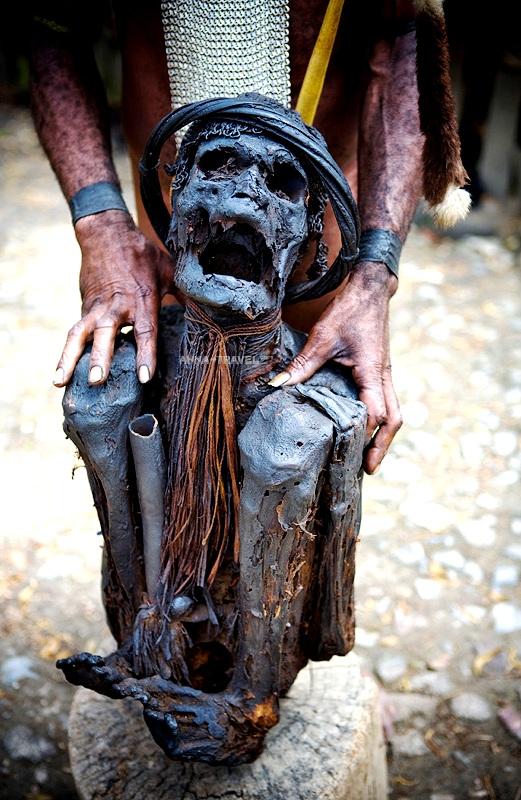сушеный предок племени дани