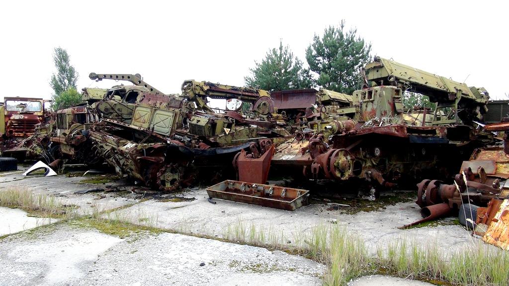 разбитые машины припяти