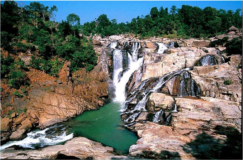 водопады казиранги