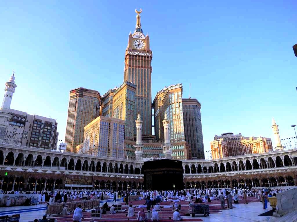 башни абрадж аль-бейт