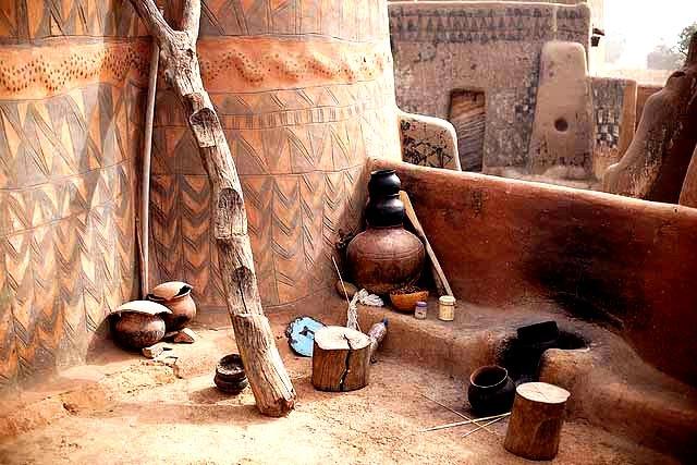 керамическая посуда в тьебеле