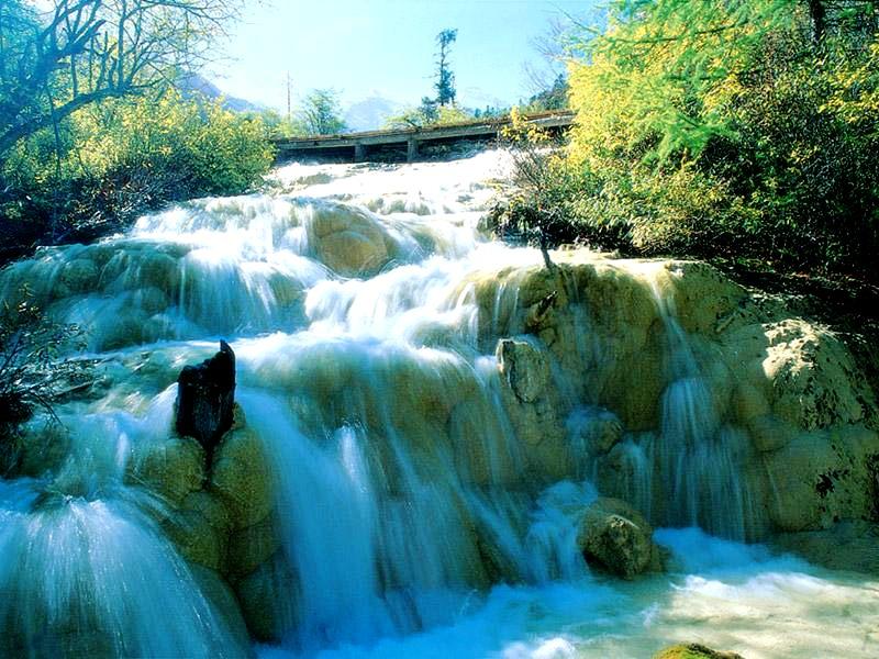 водопад в хуанлуне