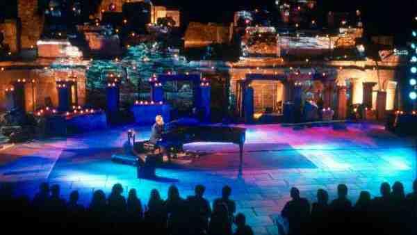 Elton John in Ephesus Theater