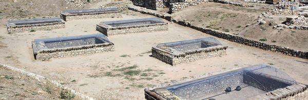 Graves in Alacahoyuk