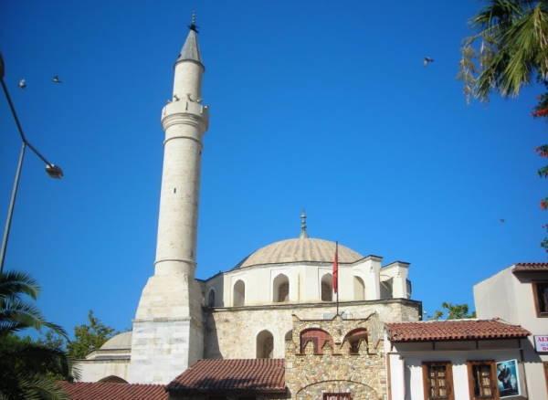 Kusadasi Kaleici Mosque