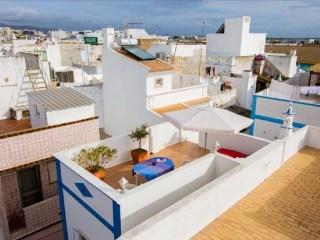 que visiter à Olhão toit cubisme