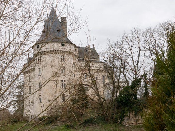 château de verneuil sur indre touraine