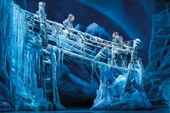 Caroline Innerbichler (Anna) and Mason Reeves (Kristoff) in Frozen North American Tour - photo by Deen van Meer