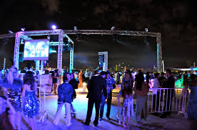 dubai night club party