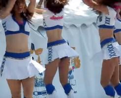 【チアガール盗撮動画】球場で応援するミニスカパンチラを連発する美人チアガールズをエロ目線な撮影ww
