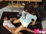 【マッサージ隠撮動画】性欲高める足ツボを刺激されたミニスカギャルがパンツにマン汁垂らして求める瞬間ww