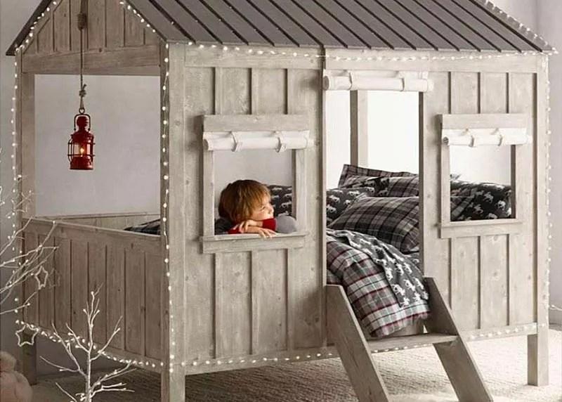quel age pour un lit cabane