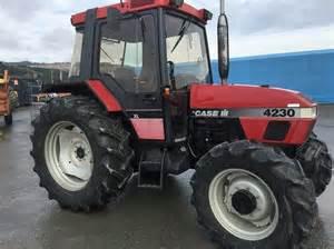 tracteur Case IH 4230