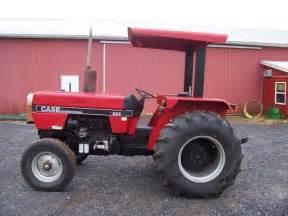 tracteur Case IH 585