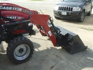 tracteur Case IH FARMALL 35B