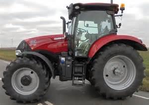 tracteur Case IH MAXXUM 135