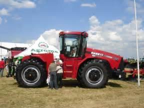 tracteur Case IH STEIGER 435