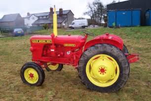 tracteur David Brown 880 IMPLEMATIC