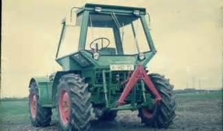 tracteur Deutz-Fahr INTRAC 2005