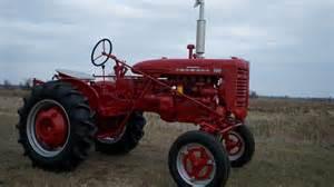 tracteur Farmall 100