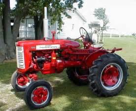 tracteur Farmall 130