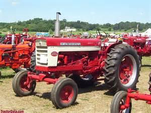 tracteur Farmall 560