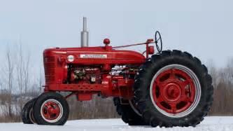 tracteur Farmall B-450