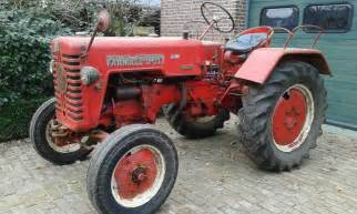 tracteur Farmall D-217