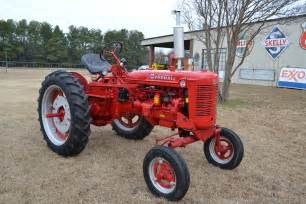 tracteur Farmall SUPER C
