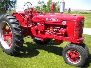 tracteur Farmall SUPER H