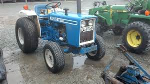 tracteur Ford 1500
