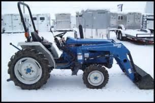tracteur Ford 1520