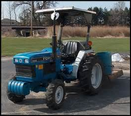 tracteur Ford 1620
