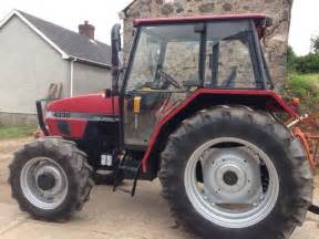 tracteur Ford 4230