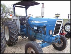 tracteur Ford 5900