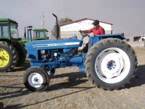 tracteur Ford 6600