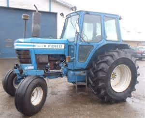 tracteur Ford 6700