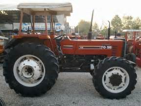 tracteur Ford 7100