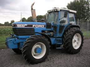 tracteur Ford 8830