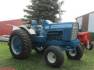 tracteur Ford 9000