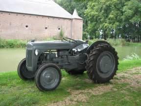 tracteur Ford 9N