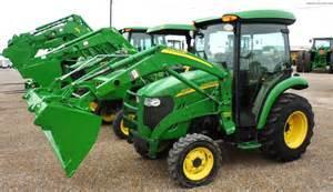 tracteur John Deere 3520