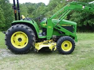 tracteur John Deere 4700