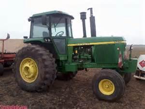 tracteur John Deere 4930