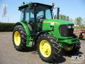 tracteur John Deere 5083E