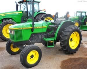 tracteur John Deere 5200