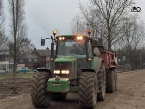 tracteur John Deere 5204