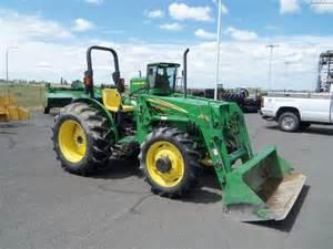 tracteur John Deere 5205